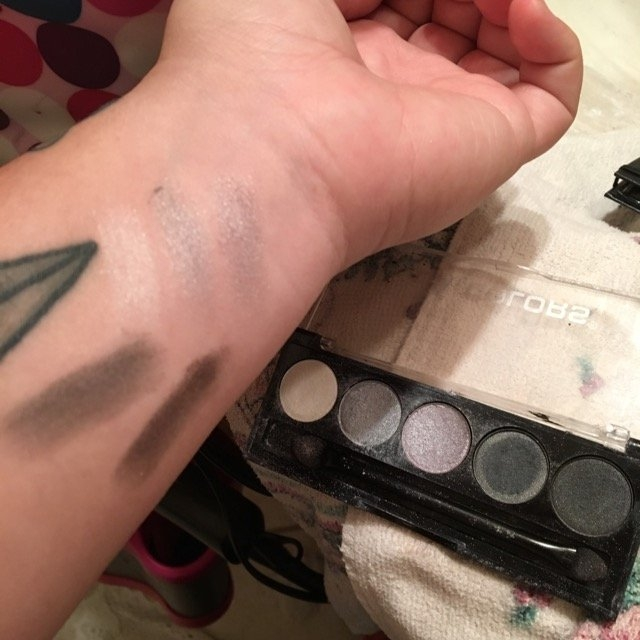 L.A. Colors 5 Color Metallic Eyeshadow, Ammunition, .26 oz uploaded by Sarah S.