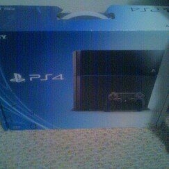 Sony PlayStation 4 Console uploaded by Marie L.