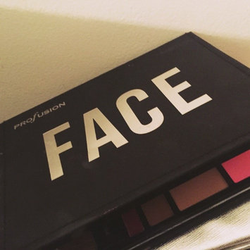Profusion The Trendsetter Face Palette uploaded by Juanielys A.