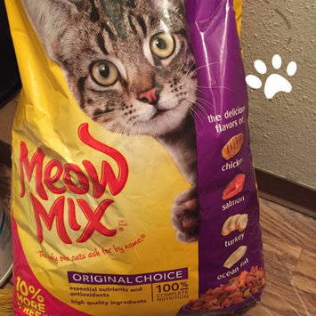 Photo of Meow Mix Original Choice Dry Cat Food, 17.6 pound uploaded by Alexis G.