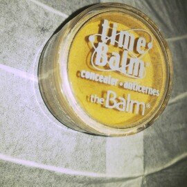 Photo of TheBalm TimeBalm Anti Wrinkle Concealer uploaded by Kamila C.