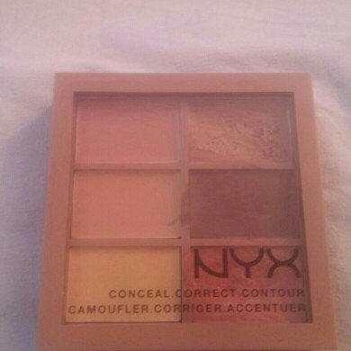 NYX 2014 Correct Contour Concela - Deep uploaded by Breeana S.