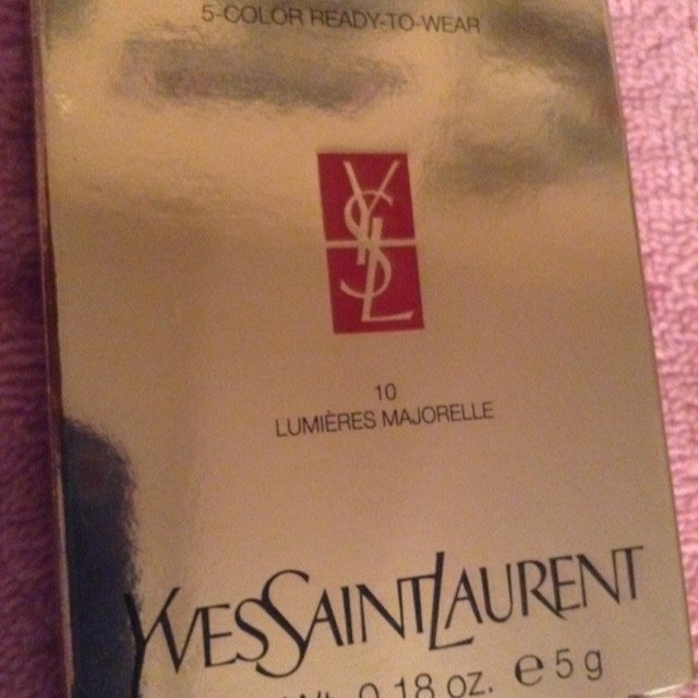 Yves Saint Laurent Les Sahariennes Bronzing Stones uploaded by LoLo M.