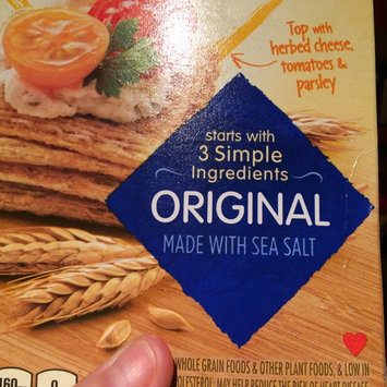 Photo of Nabisco Triscuit - Crackers - Baked Whole Grain Wheat Original uploaded by Trista I.