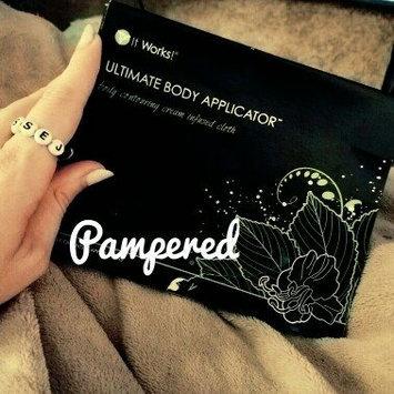 Photo of It Works! Ultimate Body Wrap Applicator uploaded by Jessica W.