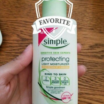 Photo of Simple Protecting Light Moisturizer SPF 15 uploaded by Samantha R.