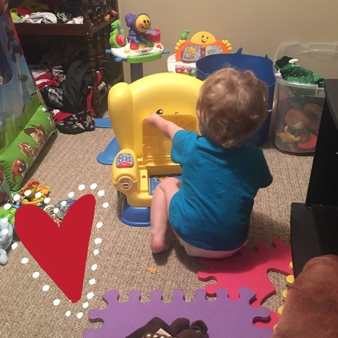 Fisher Price Fisher-Price Laugh and Learn Smart Stages Chair uploaded by Alicia G.