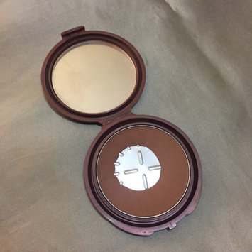 NYC Smooth Skin Bronzing Face Powder uploaded by Gabriela S.