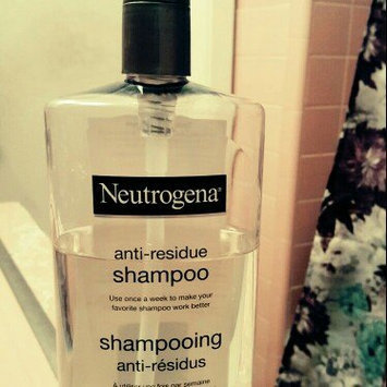 Neutrogena Anti-Residue Shampoo uploaded by Carina C.