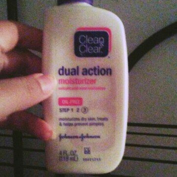 Clean & Clear Dual Action Moisturizer uploaded by Ashley r.