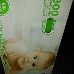 Berkley Jensen Family & Toddler Moist Flushable Wipes, 432 Count uploaded by Yajaira H.