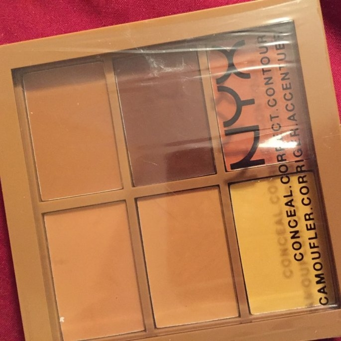NYX 2014 Correct Contour Concela - Deep uploaded by Tyeshia H.