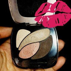 L'Oréal Colour Riche L'Oréal Paris Colour Riche Dual Effects Eyeshadow - 300 Rose Nude uploaded by detzy j.