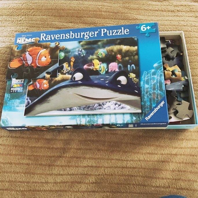 Ravensburger Disney Pixar Finding Nemo - Nemo and His Friends 100 Piece XXL Puzzle uploaded by Daniela M.
