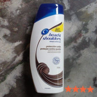 Head & Shoulders Smooth & Silky Dandruff Shampoo uploaded by Rosana M.