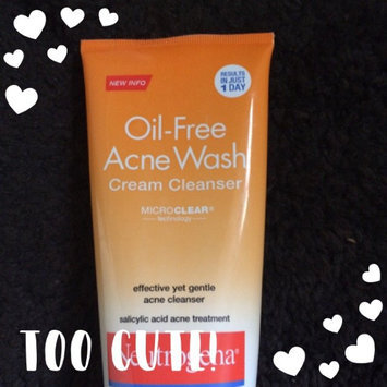 Photo of Neutrogena® Oil-Free Acne Wash Cream Cleanser uploaded by Andrea E.
