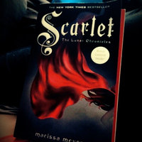 Scarlet (Lunar Chronicles, Book 2) (The Lunar Chronicles) uploaded by Lindsay A.