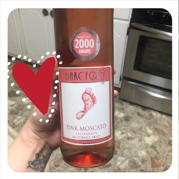 Barefoot Pink Moscato uploaded by Victoria G.