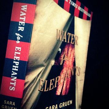 Water for Elephants: A Novel uploaded by Kaaila K.
