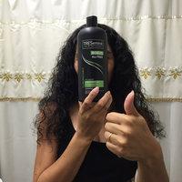 TRESemmé Flawless Curls Vitamin B1 Shampoo uploaded by Alejandra J.