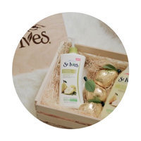 St. Ives Naturally Soothing Oatmeal & Shea Butter Body Lotion uploaded by Claudia T.