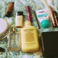 Estée Lauder Invisible Fluid Makeup for Women uploaded by Sheina A.