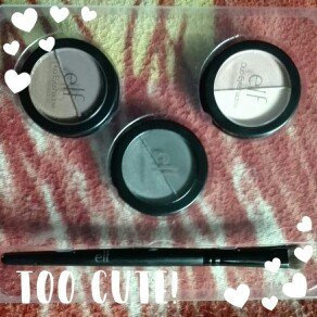 Photo of e.l.f. Eye Set Day to Night Smoky Eye Set uploaded by Astrid Verónica A.