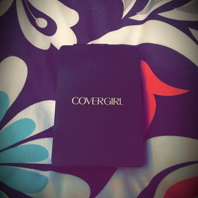 COVERGIRL Ultimate Finish Liquid Powder MakeUp uploaded by Elora C.