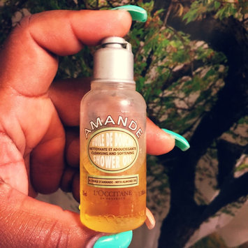 L'Occitane Almond Shower Oil uploaded by Francesca W.