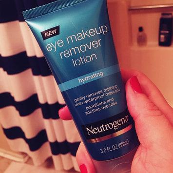 Neutrogena Hydrating Eye Makeup Remover Lotion uploaded by Jamie G.