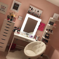 Vanity Girl Hollywood Broadway Lighted Make Up Mirror uploaded by Karla R.