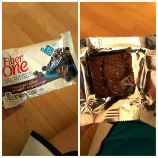 Photo of Fiber One 90 Calorie Chocolate Fudge Brownie uploaded by Valerie A.
