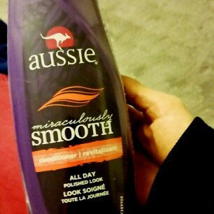 Aussie® Miraculously Smooth Conditioner uploaded by Victoria V.