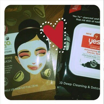 Yes to Tomatoes Clear Skin Detoxifying Charcoal Facial Wipes uploaded by Michelle B.