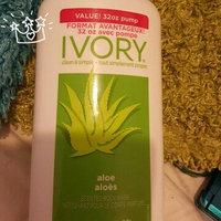 Ivory Body Wash, Aloe, 32 fl oz uploaded by . ..