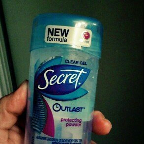 Photo of Secret Outlast Protecting Powder Antiperspirant/Deodorant uploaded by Veronica C.