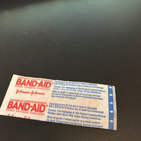 Band-Aid Flexible Fabric Bandages uploaded by Ren D.