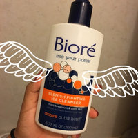 Bioré Blemish Fighting Ice Cleanser uploaded by Monse R.