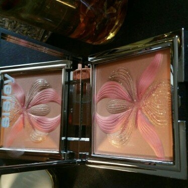 L'Orchidee Highlighting Blush uploaded by Marlena S.