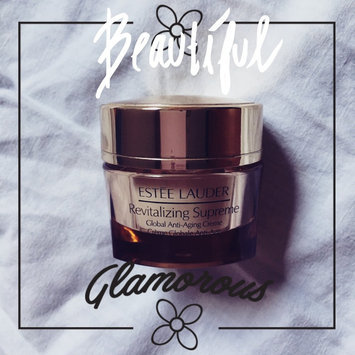Estee Lauder Revitalizing Supreme Global Anti-Aging Creme uploaded by Patricia B.