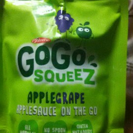 Photo of GoGo SQUEEZ APPLE STRAWBERRY APPLESAUCE ON THE GO uploaded by kishsa c.