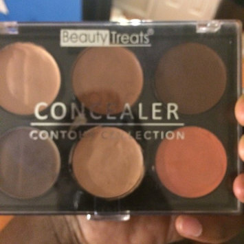 Photo of Beauty Treats Concealer Palette uploaded by Shania L.