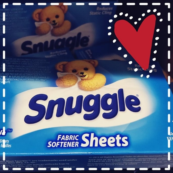 Snuggle Blue Sparkle Dryer Sheets uploaded by Moriah M.