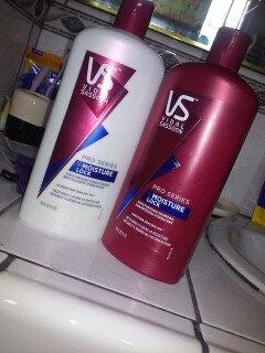 Photo of Vidal Sassoon Pro Series Pro Series Shampoo uploaded by Lourdes R.