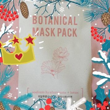 BONVIVANT Rose Botanical Mask Pack uploaded by Kelli C.