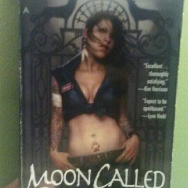Photo of Moon Called (Mercy Thompson, Book 1) uploaded by Cierra M.