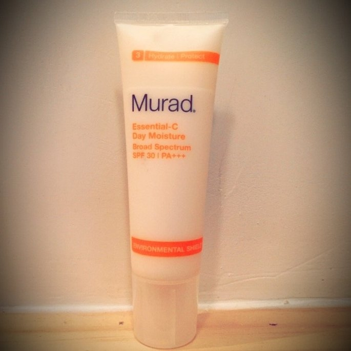 Murad Environmental Shield Essential-C Day Moisture uploaded by Kayla B.