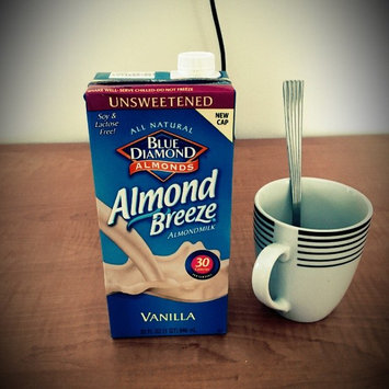 Blue Diamond Almonds Almond Breeze Almondmilk Original Unsweetened uploaded by Nikki M.