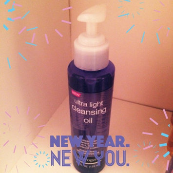 Photo of Neutrogena® Ultra Light Cleansing Oil uploaded by Hannah C.