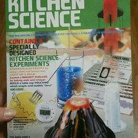 Toysmith TS3806 8.5x2.5 Kitchen Science uploaded by Cheri L.